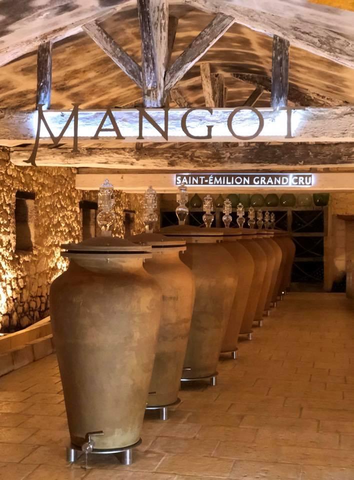 Vous le savez sûrement déjà, depuis 2016, à Mangot, on adore nos jarres et amphores👌